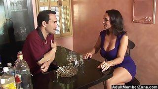 Close up video of mature pornstar Persia Monir pleasuring a large dick