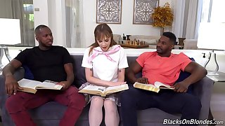 Anal and facial for the nerdy babe in scenes of interracial threesome