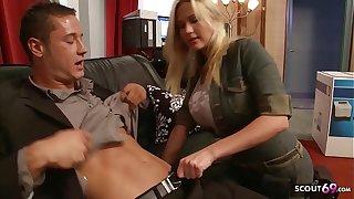 Big Bouncing Tits Nympho Craftswoman Seduce to Fuck go forwards