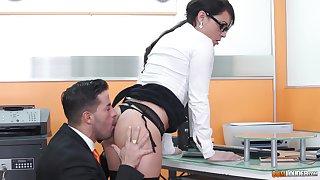 MILF journo Nick Moreno filed up cum at say no to bosses office